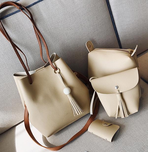 ซื้อ 1 ได้ถึง 4 กระเป๋าสะพายหนังทรงสวย + กระเป๋าใบเล็ก สีครีม พร้อมส่ง