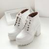 Size 36 : Boots รองเท้าบูท หนังแต่งเชือกสีขาวน่ารัก ด้านในเป็นกำมะหยี่ งานดีเหมือนแบบค่ะ