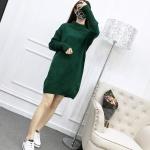 Sweater สีเขียว เสื้อไหมพรมถักคอตั้งตัวยาว ใส่ตัวเดียวเป็นเดรสได้เลย เก๋ๆ ไหมพรมนุ่มยืดได้เยอะ