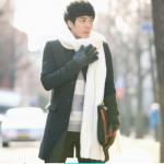 ผ้าพันคอไหมพรม เกาหลี สีขาว มิกกับชุดไหนก็สวย ใส่ได้ทั้งผู้ชายและผู้หญิง พร้อมส่ง