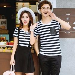 ชุดคู่รัก ลายขวางขาวดำ พร้อมส่ง เชุดผู้หญิงเป็นเอี๊ยมกระโปรง+เสื้อ น่ารัก ผู้ชายเป็นเสื้อยืดลายขวางเข้ากัน ^^