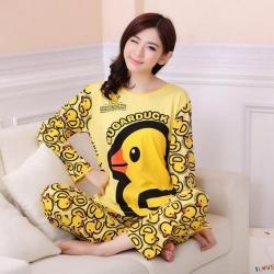 ชุดนอน ลายเป็ดน้อยสีเหลือง น่ารัก ฟรีไซส์ มีทั้งแขนยาวและแขนสั้นน้าา