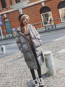 เสื้อกันหนาว สีเทา ตัวยาว ผ้าร่มกันลม บุนวมนุ่ม ซิปและกระดุมหน้า พร้อมส่งจ้า