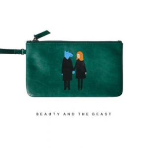 กระเป๋าคล้องมือหนัง สีเขียว แนวๆเก๋ๆ พร้อมส่ง