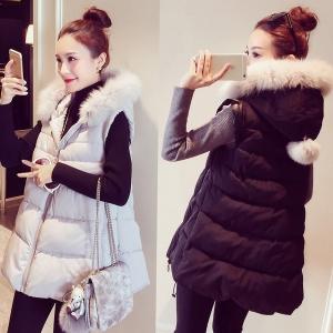เสื้อกั๊กกันหนาว บุนวมฟูๆ แต่งขนเฟอร์สีขาวที่ฮู้ด ผ้าร่มเนื้อดีกันลม เกาหลีมากๆ พร้อมส่ง