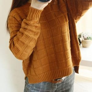 Sweater เสื้อไหมพรมถัก ลายตาราง สีเหลืองน้ำตาล พร้อมส่งจ้า