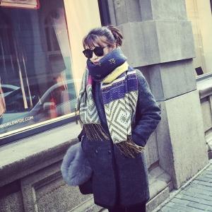 ผ้าพันคอ/ผ้าคลุมไหล่ กันหนาว ลายเก๋ๆ จะใส่คลุมหรือพันคอ ก็เก๋ พร้อมส่งเลยจ้า