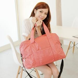 พร้อมส่ง **กระเป๋าสะพาย ใบใหญ่ หิ้วก็ได้ สะพายก็ดี สีสดใส ชมพูเข้ม